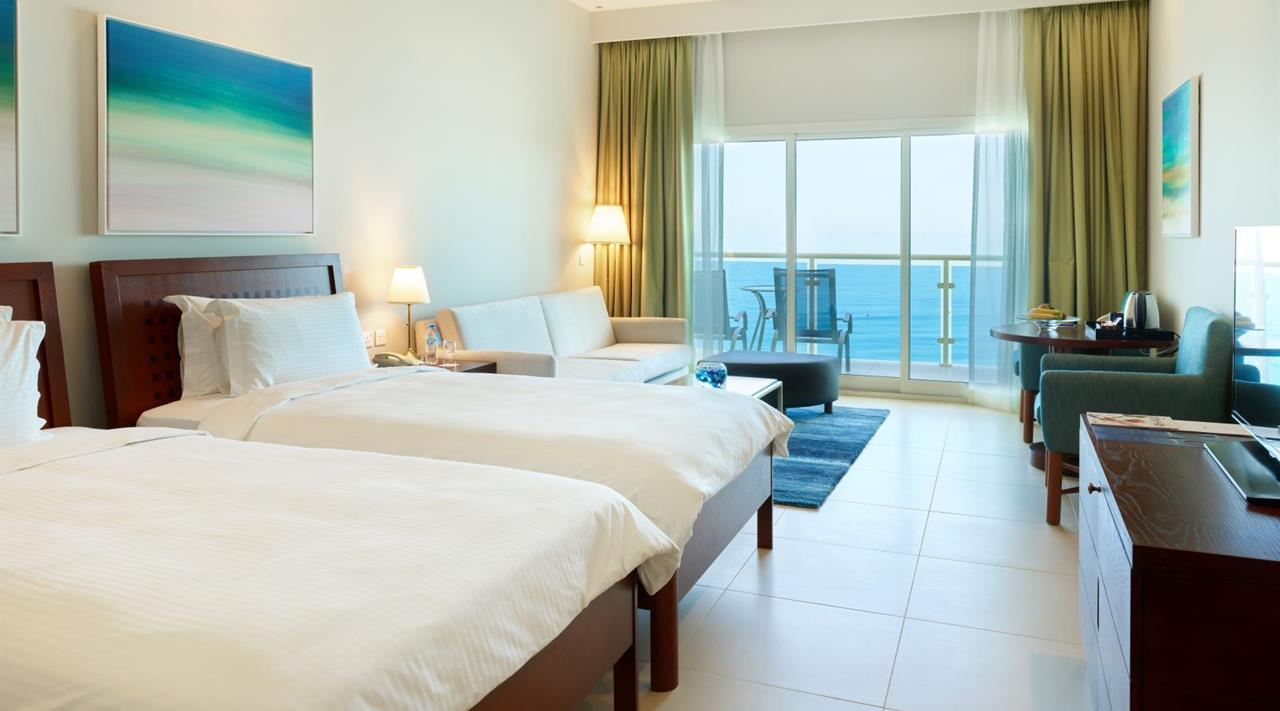 Тур в ОАЭ Radisson Blu Resort Fujairah 5*